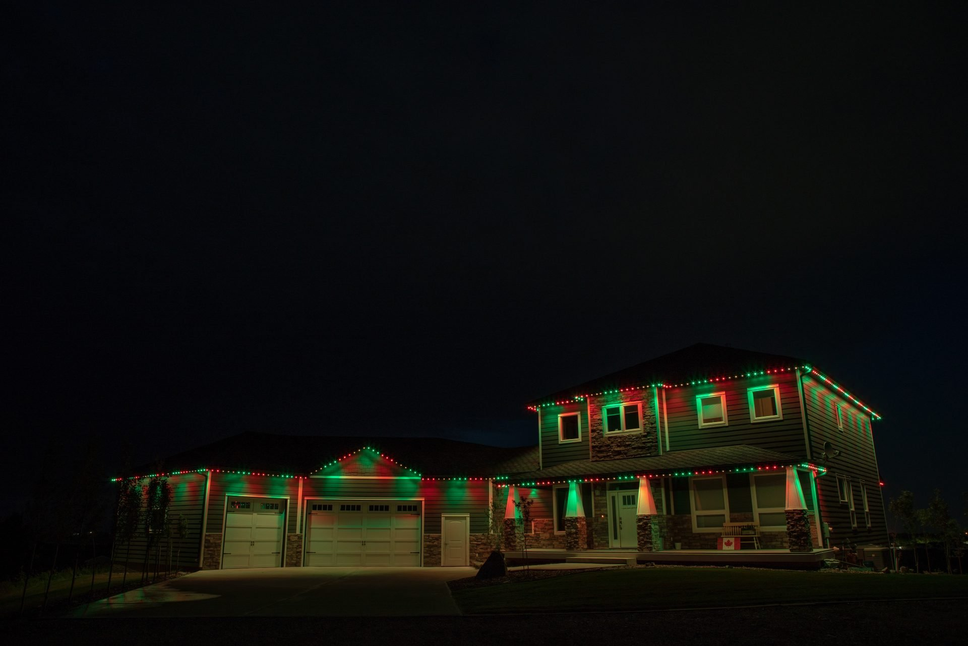 Best permanent christmas lights in USA and Canada